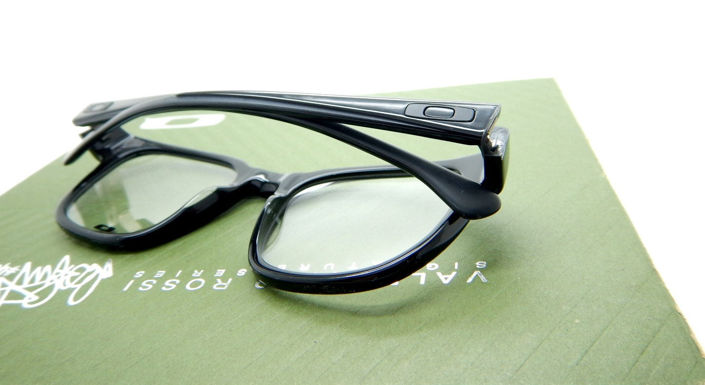 Oakley Cloverleaf Polished Black
