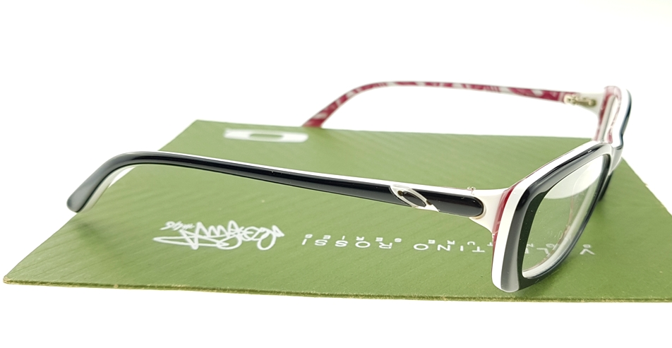 Oakley Cross Court YSC Black
