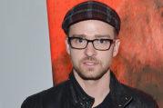 Dengan Kacamata, Penampilan Justin Timberlake Berubah Drastis