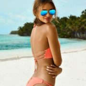 Jenis Kacamata Pantai Yang Paling Nyaman Dipakai