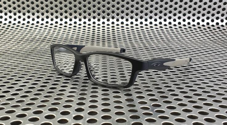 Oakley Crosslink Matte Black Grey